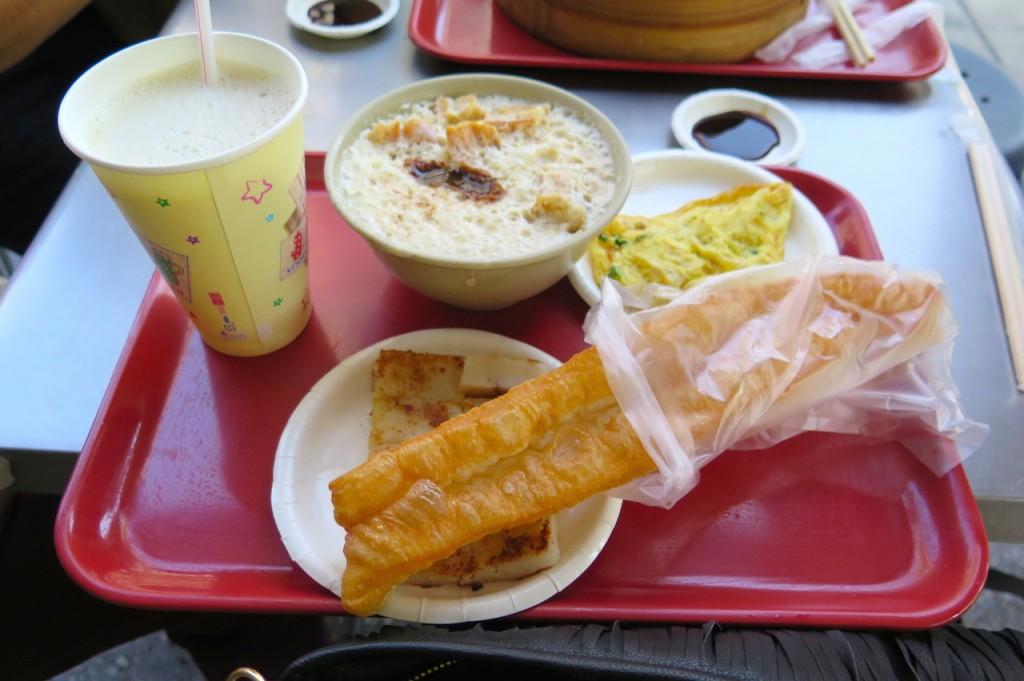 Yong He Dou Jiang Da Wang (Yong He Soy Milk King) ราชาน้ำเต้าหู้ อาหารเช้าไทเป – Taipei, Taiwan
