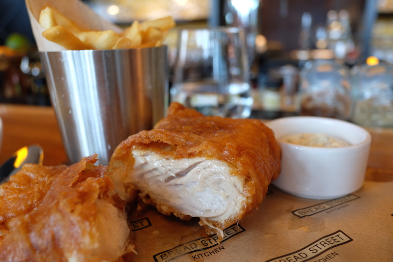 รูปที่ 6 traditional fish & chips