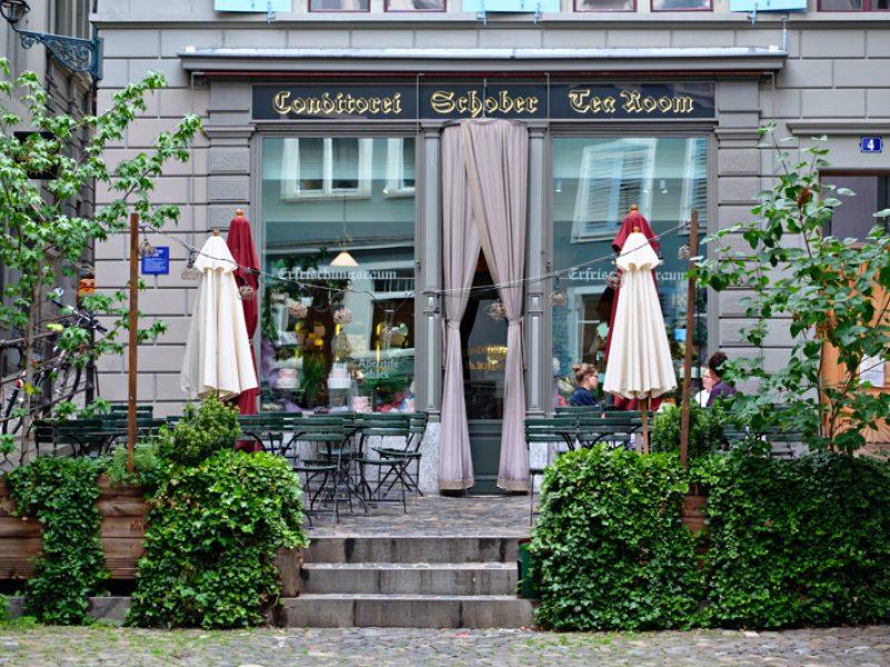 \Cafe Schober รูปหน้าร้าน และรูปที่ถ่ายกับคุณขวัญ\