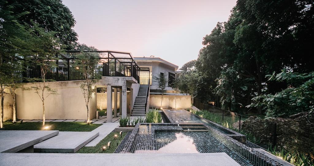 LLOYD'S INN SINGAPORE - WWW.LLOYDSINN.COM_External Facade