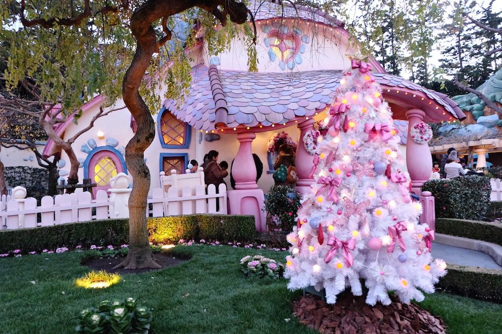 Toon Town_Tokyo Disneyland copy 5