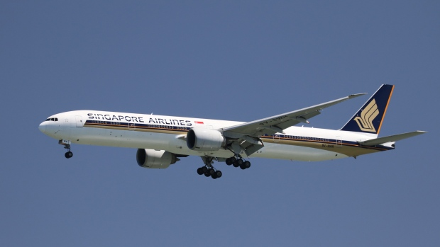 singapore-airlines-airplane