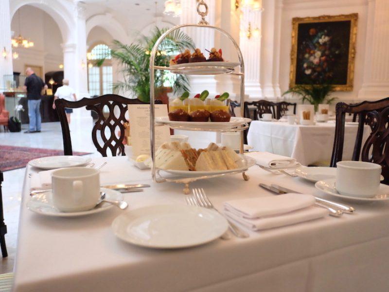 ฉันหรือเธอที่เปลี่ยนไป Afternoon Tea @ Tiffin Room – Raffles Hotel