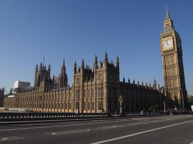 โฟโต้สต๊อป Big Ben & Houses of Parliament – ลอนดอน