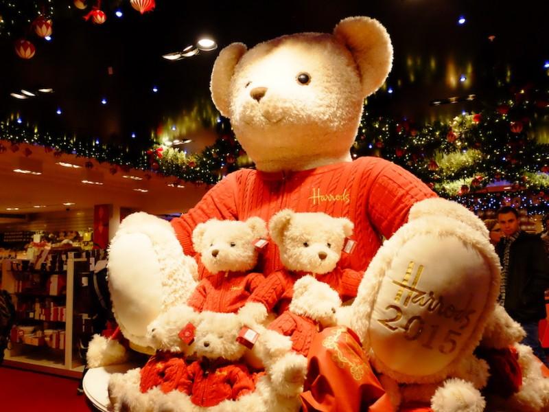 คริสตมาสสุดหรรษาที่ห้าง Harrods – ลอนดอน