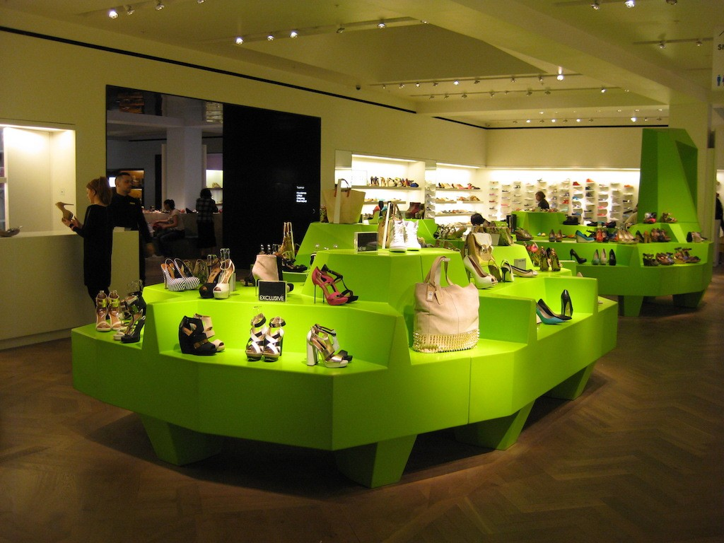 Shoe Salon (7)