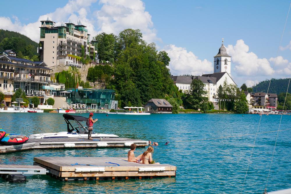 ทริปหอยทาก ออสเตรีย-ฮังการี-เช็ค : วันที่ 5  คาราวานผ่านเทือกเขา หมู่บ้านริมทะเลสาบ Hallstatt และ St. Wolfgang