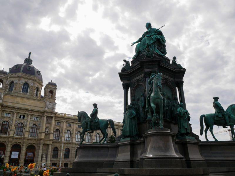 ทริปหอยทาก ออสเตรีย-ฮังการี-เช็ค วันที่ 13-15  : หลงรัก Vienna